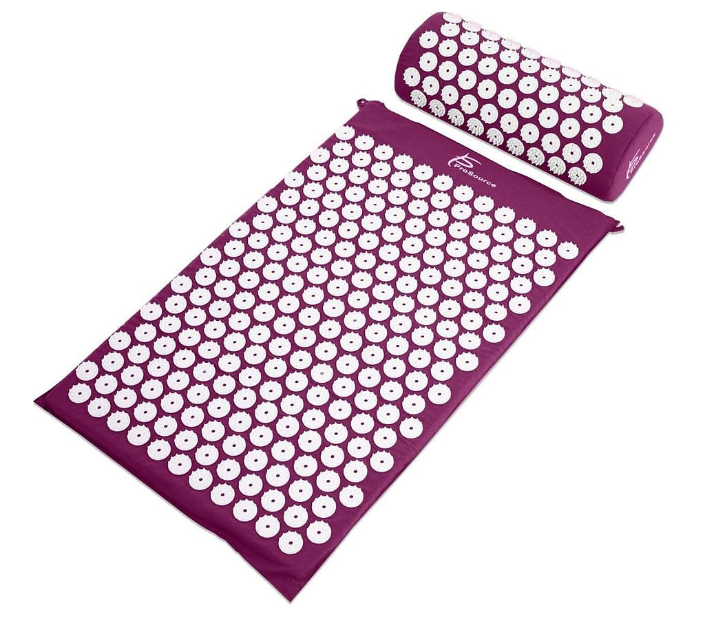 Image contains ProSource Acupressure Mat and Pillow Set